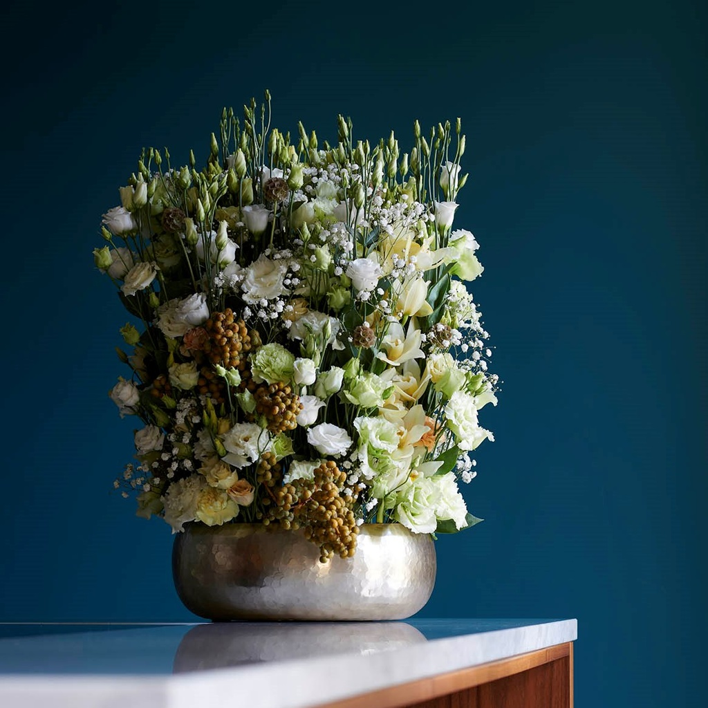 Lisianthus: In the December Flower Agenda